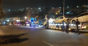 الامن العام : نقل المركبات المضبوطة لمخالفتها حظر الاستخدام والتنقل الى ساحات الحجز المخصصة