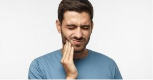 علاجات منزلية لآلام الأسنان خلال العزل
