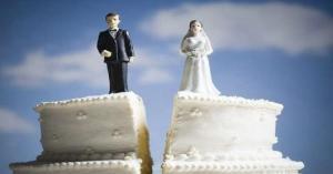 عروسان يقضيان شهر العسل في مكافحة كورونا