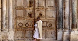 للمرة الأولى منذ 100 عام.. كنيسة القيامة في القدس مغلقة في عيدها