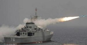مقتل جنود إيرانيين بقصف سفينة حربية ايرانية