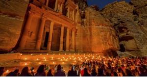 تراجع الدخل السياحي للأردن
