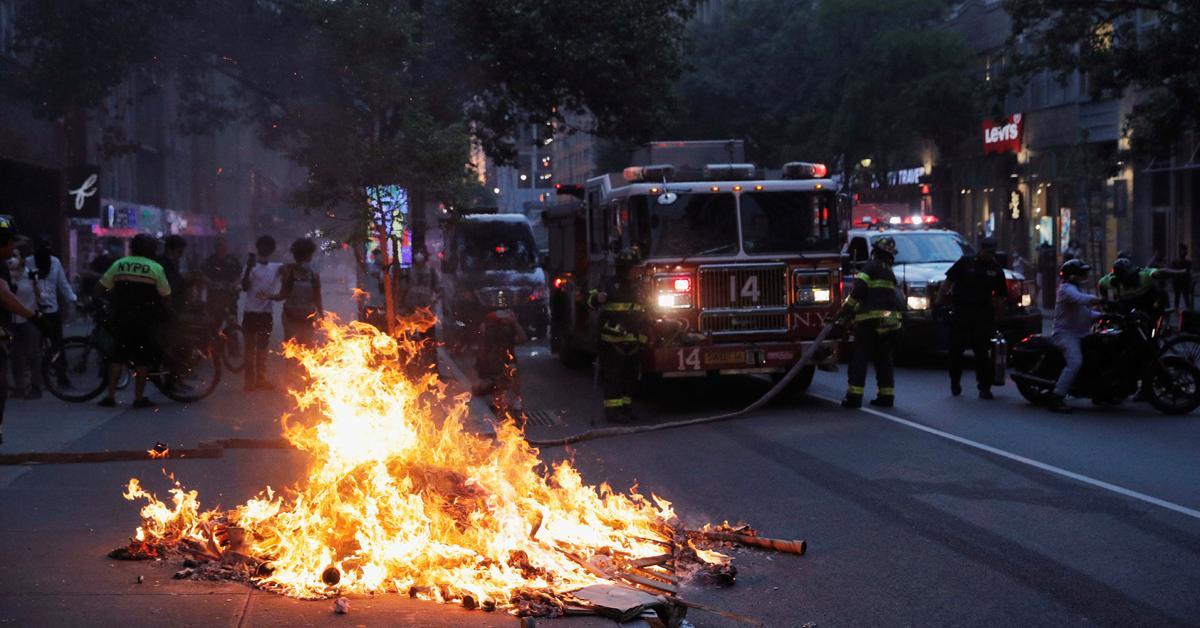 اعلان حظر التجول في نيويورك
