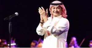 عبد المجيد عبد الله يعلق على تحول فتاة إلى ملامحه