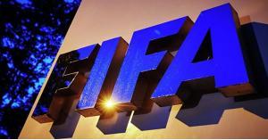 هل يعاقب فيفا الرياضيين لتضامنهم مع فلويد؟