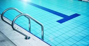 السماح باستخدام برك السباحة في الفنادق اعتباراً من اليوم