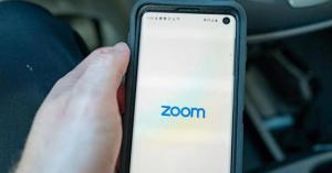 زوم تتجه إلى تشفير مكالمات الفيديو