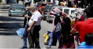 فلسطين: إصابات كورونا سببها الأعراس وبيوت العزاء