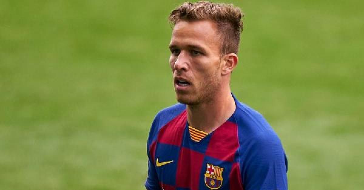 قرار جديد من برشلونة تجاه آرثر