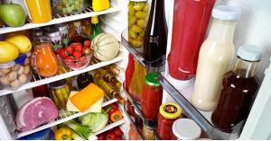 كم من الوقت يبقى الطعام صالحاً في الثلاجة بعد انقطاع الكهرباء؟