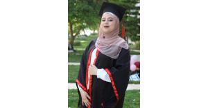 لين حسين المدني الف مبروك النجاح