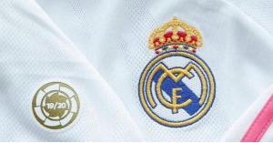 ريال مدريد يضع الشعار الذهبي