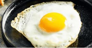 هل من الصحي إعادة تسخين البيض؟