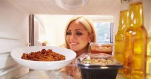 لماذا يتحسن مذاق الطعام المطبوخ في اليوم التالي؟