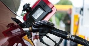 الحكومة: ارتفاع أسعار البنزين والكاز وانخفاض الديزل عالميا