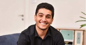 ما حقيقة إمهال الإمارات للفنان الفلسطيني محمد عساف يومين لمغادرتها