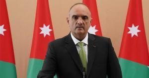 أكثر من نصف الأردنيين يثقون بحكومة الخصاونة