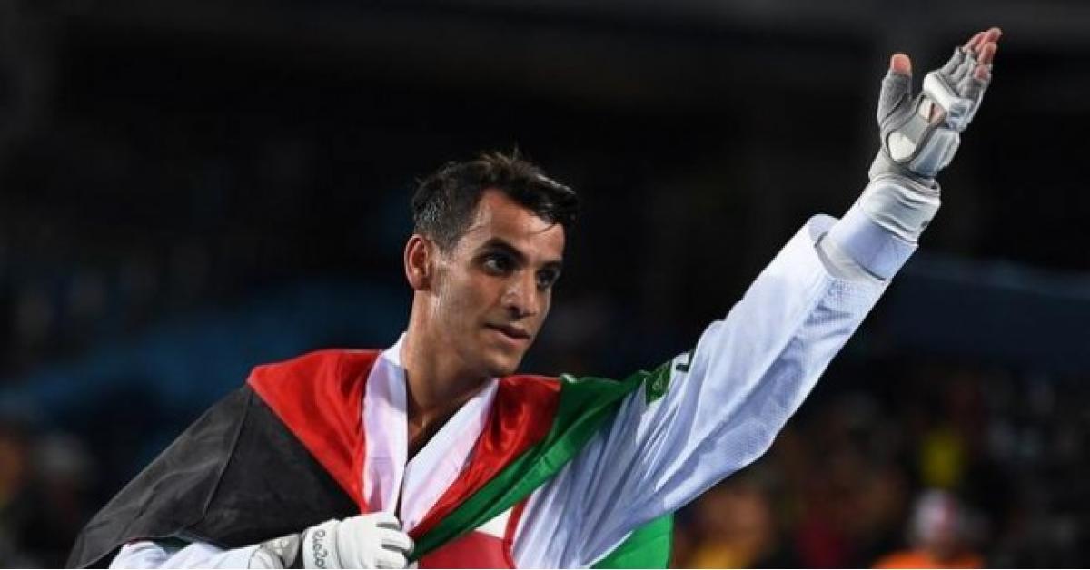 البطل الأردني أحمد أبو غوش يعلن اعتزاله