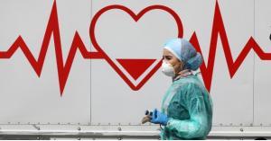 انخفاض إصابات ووفيات كورونا بالأردن