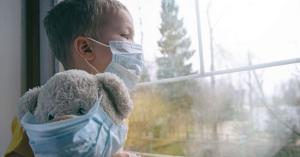 لجنة الاوبئة : الطفل يحمل فيروس أكثر من مصاب العناية الحثيثة