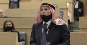 العرموطي يدعو لوقف العمل بقانون الدفاع في الأردن