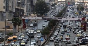 رغم الاجواء الباردة .. الحياة تعود الى شوارع المملكة بعد رفع الحظر الشامل