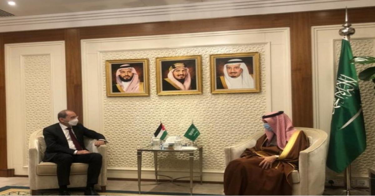 الصفدي: موقف الأردن والسعودية يؤكد على حل الدولتين لتجسيد الدولة الفلسطينية