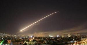 اللقطات الأولى لهجوم إسرائيل على دمشق - فيديو