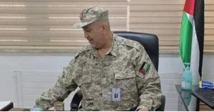 مدير البشير يوضح حول صورته بالزي العسكري