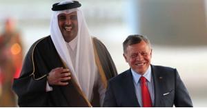 أمير قطر يتصل بالملك