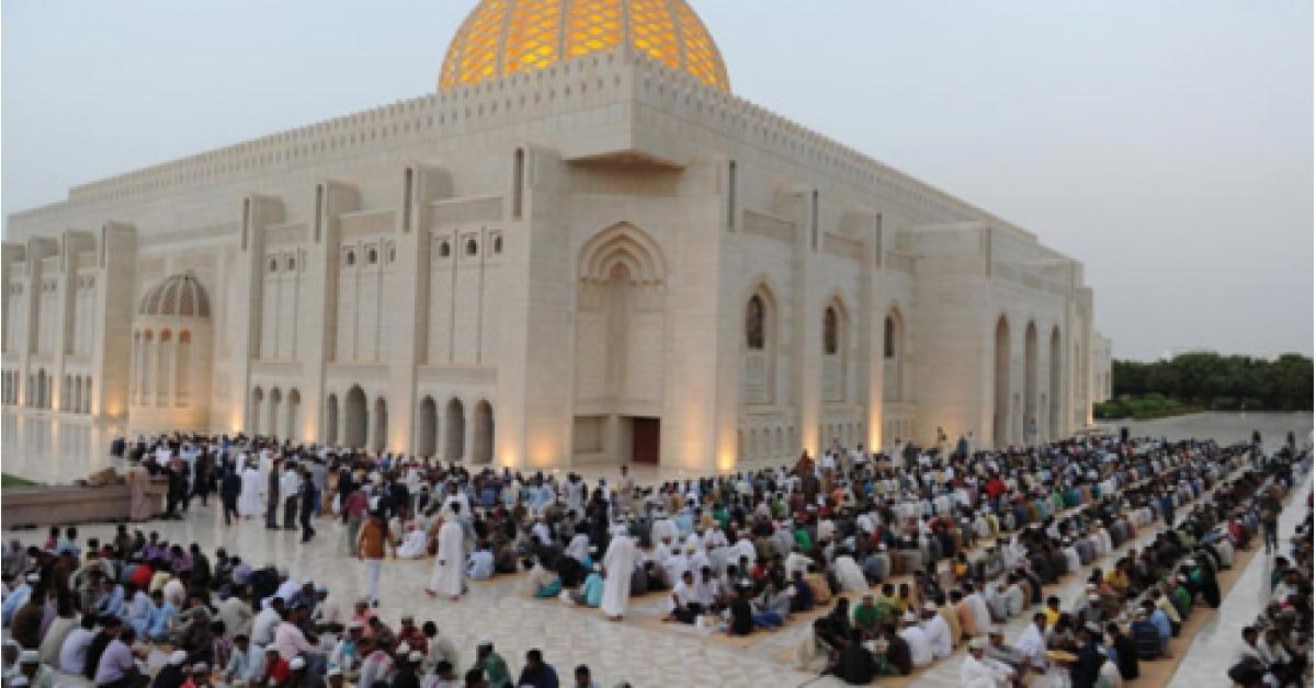 دولة عربية تبدأ رمضان غداً الأربعاء .. تعرفوا عليها