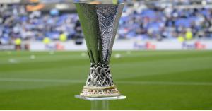 مانشستر يونايتد-روما وأرسنال-فياريال في نصف النهائي