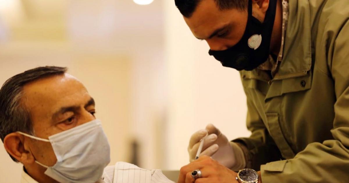 تطعيم نحو 160 ألف معلم ومعلمة في مدارسهم بعد العيد