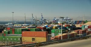 انخفاض العجز التجاري للأردن 16.5% العام الماضي