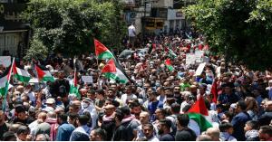 إصابات بالاختناق خلال قمع الاحتلال مسيرات منددة بالعدوان الإسرائيلي