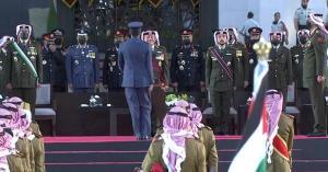الملك ينعم بأوسمة على مرتبات من الجيش والاجهزة الأمنية (اسماء)