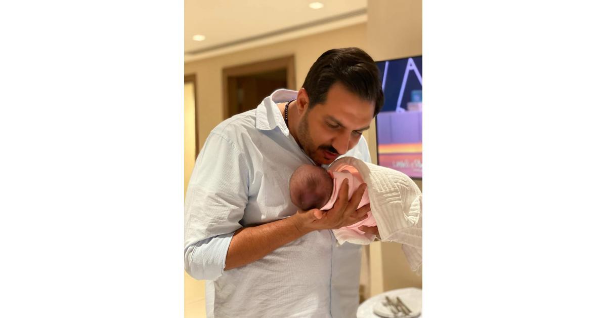 العمري وكرزون يكشفان عن اسم مولودهم الاول