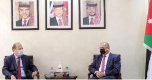 العودات: موقف الاردن واضح تجاه الأزمة السورية