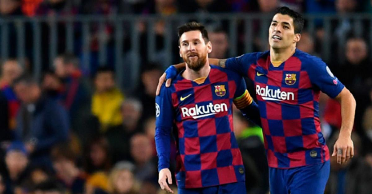 العروض تنهال على ميسي بعد وداع برشلونة.. فمن هو أول فريق تواصل معه؟