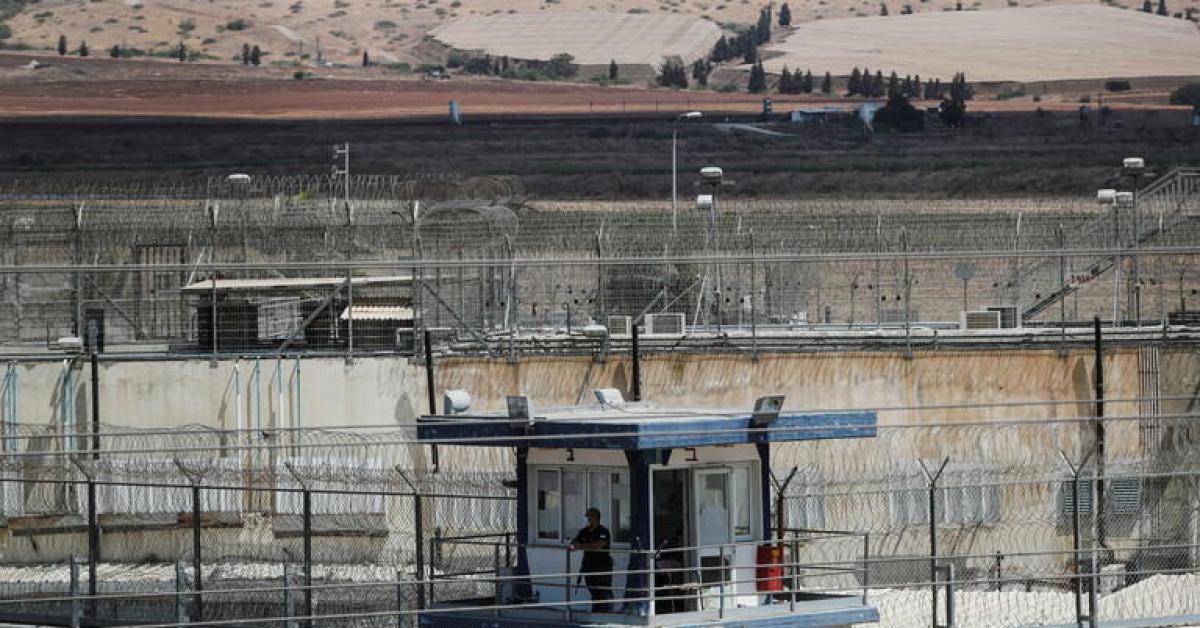 الاحتلال: كاميرات المراقبة أظهرت وصول الأسرى لناعورة