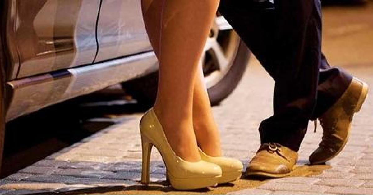 زوج أردنية يرغمها على ممارسة الدعارة في لبنان