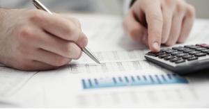 تسوية الأوضاع الضريبيّة لـ1017 شركة ومكلّفاً