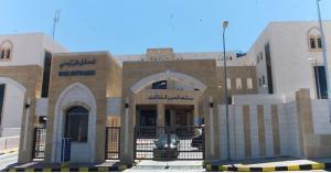 مستشفى السلط يؤكد عدم تأثر مرضى بغاز مسيل للدموع اطلق قرب المبنى
