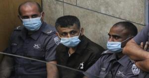 الأسير محمد العارضة يهدد بالإضراب عن الطعام