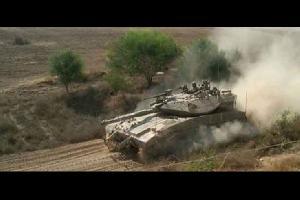 توغلت قوات الاحتلال صباح الاربعاء، في اراضي المواطنين شرقي رفح جنوبي قطاع غزة.