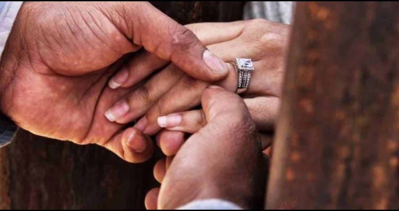 كشفت دراسة طبية حديثة أن الأشخاص المتزوجين، أقل عرضة للإصابة بكسور في العظام خلال مرحلة الشيخوخة.