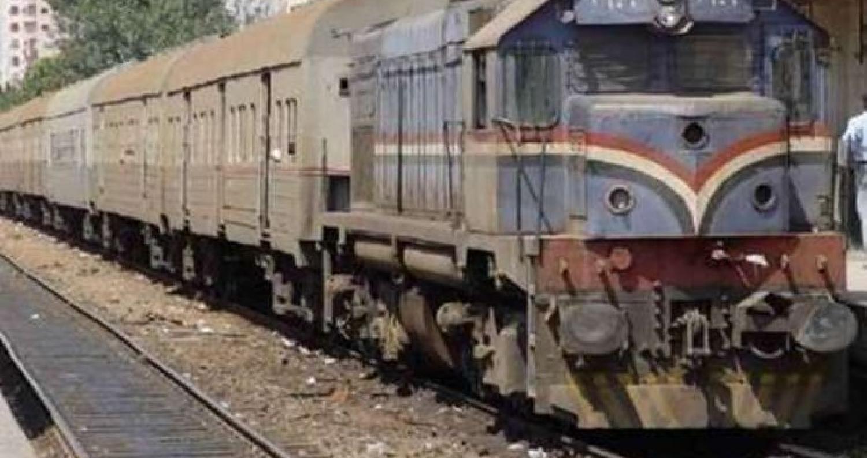 عشرات المصابين في خروج قطار عن مساره في مصر