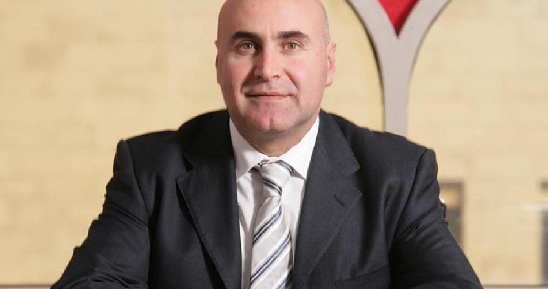 شحادة: الحكومة تمنح 3 مستثمرين عرب الإقامة الدائمة