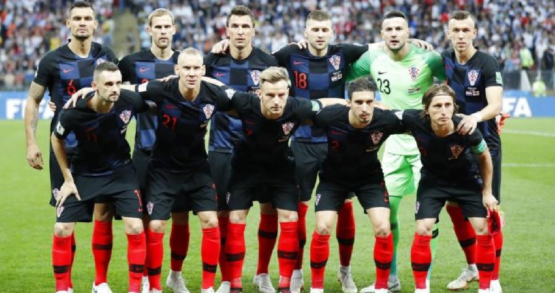 """سبب نهاية اسماء لاعبي كرواتيا بـ""""ايتش"""""""