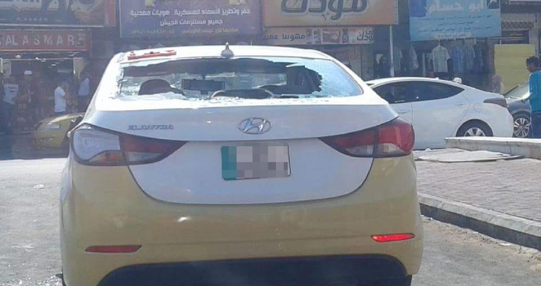 حطم مجهولون، اليوم السبت، 5 مركبات عمومية (سرافيس) داخل مجلس عمان في مدينة إربد، دون وقوع إصابات